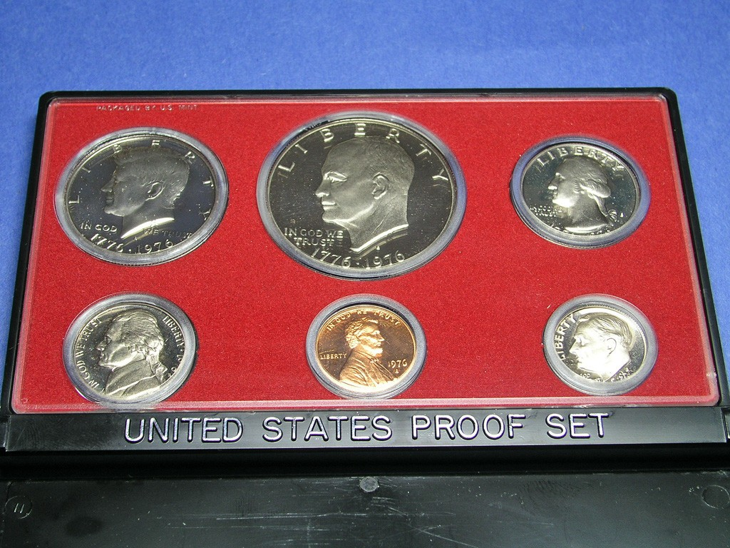 Mint Set United States Mint Proof Sets Versus Uncirculated Sets What Are