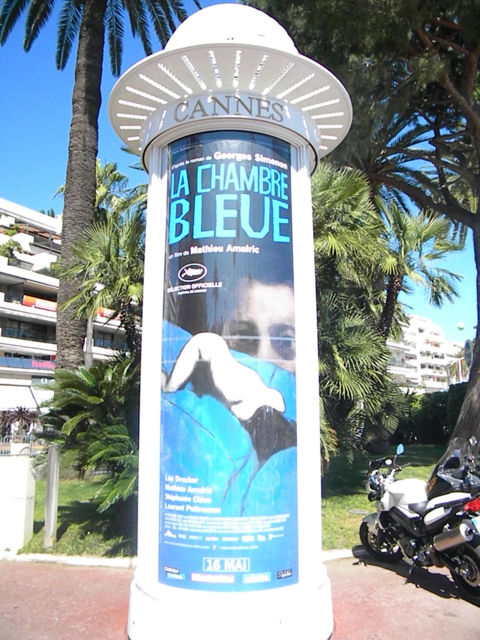 La Chambre Bleue Stream Cannes Posters Transformers 4 The Expendables 3 Poster