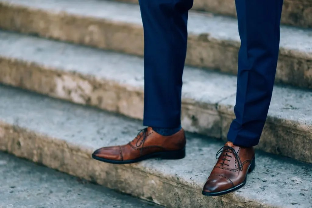 Navy Blue Suit Brown Shoes Or Black Shoes Wall Street Dress