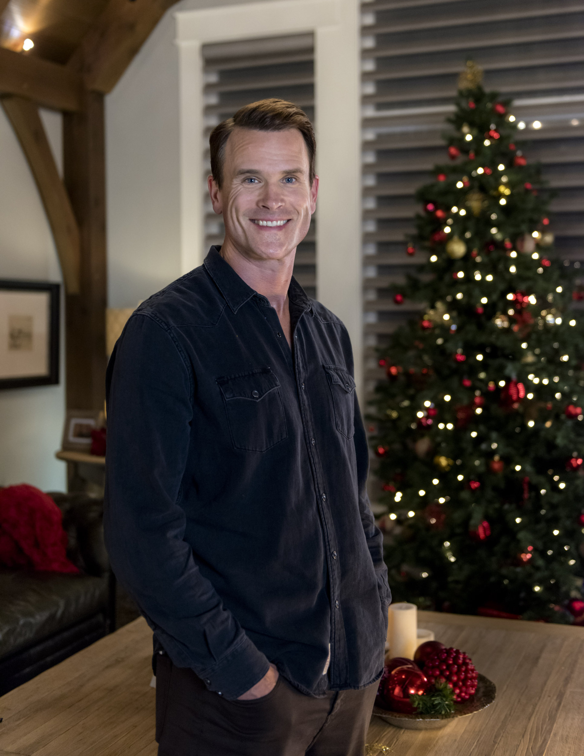 Gabriel Hogan Gabriel Hogan On Christmas List Hallmark Channel