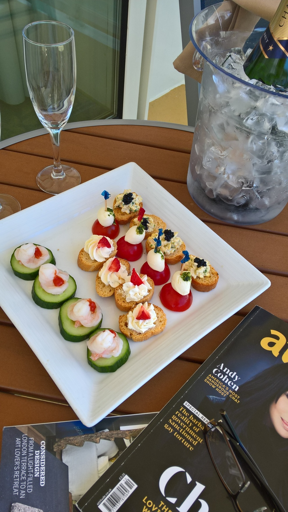 Canapés Show A Good Cruise On A Lovely Ship Independence Of The Seas Review