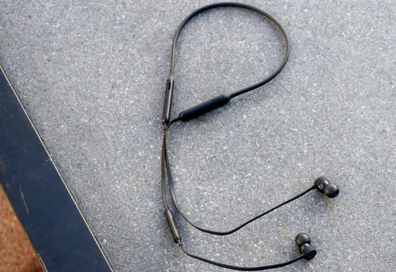 Beats X review Why Apple\u0027s Beats X wireless headphones beat AirPods