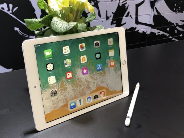 iPad vs iPad Pro Which is right for you?
