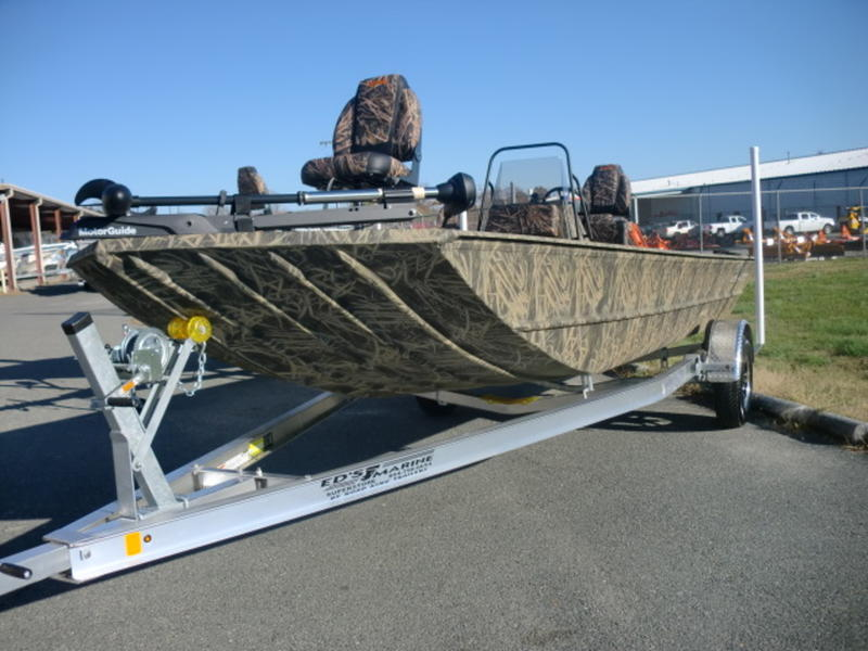 2019 Lowe Boats Roughneck 2070CC Stock Ed\u0027s Marine Superstore