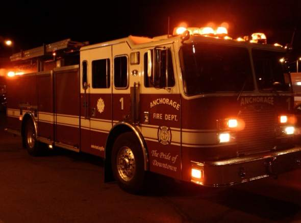 Anchorage_Fire_Department_Engine_1_800