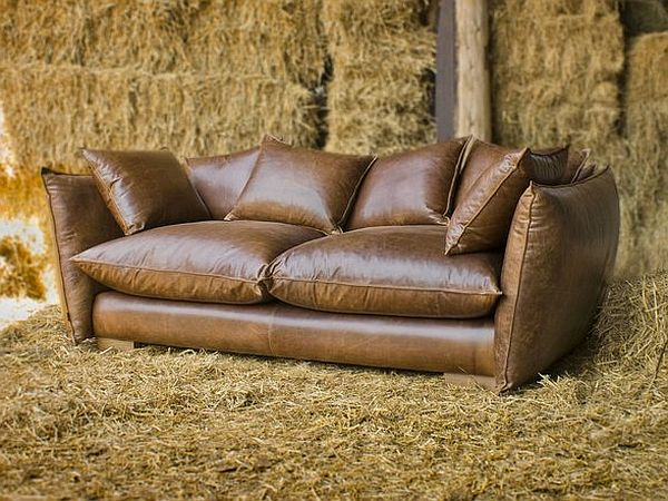 Vintage Ledercouch Vintage Style Leather Sofas Could Add To The Retro Look