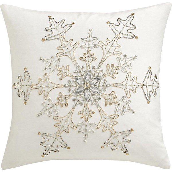 S Christmas Decorating Trends For The Holiday Season Decorations - decorative christmas pillows