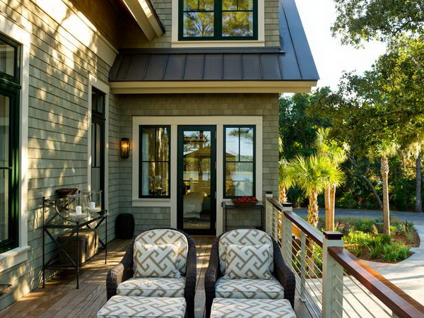 White Craftsman House Hgtv Dream House 2013 Steals The Show With A Stylish Deck