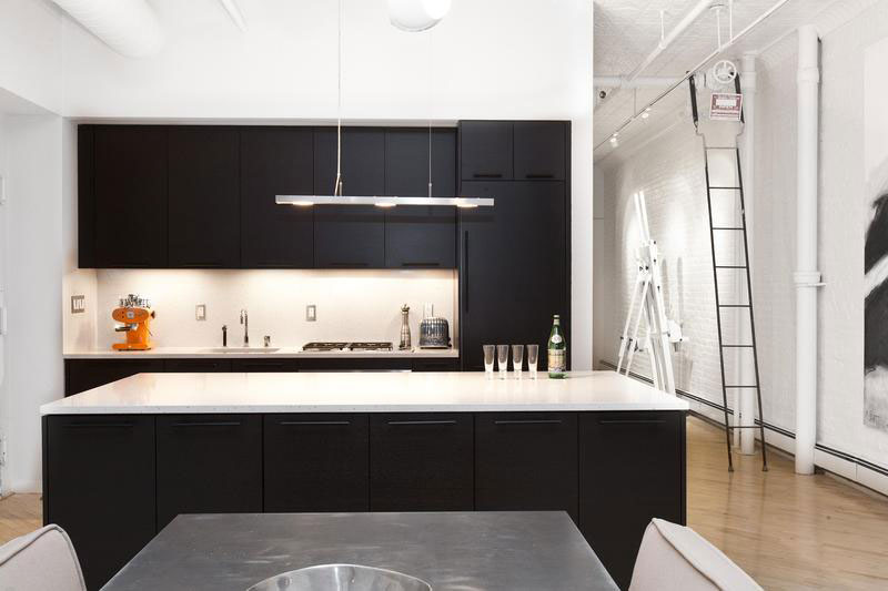 White Brick Wall Stylish Soho Loft In New York Features A Trendy Black And