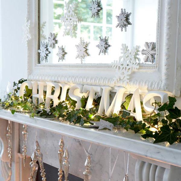 50 Christmas Mantle Decoration Ideas - christmas mantel decor