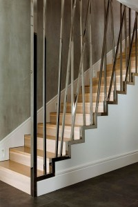 Innovative metallic railing design idea for modern stairs ...