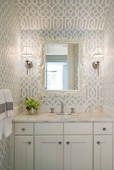20 Gorgeous Wallpaper Ideas for Your Powder Room