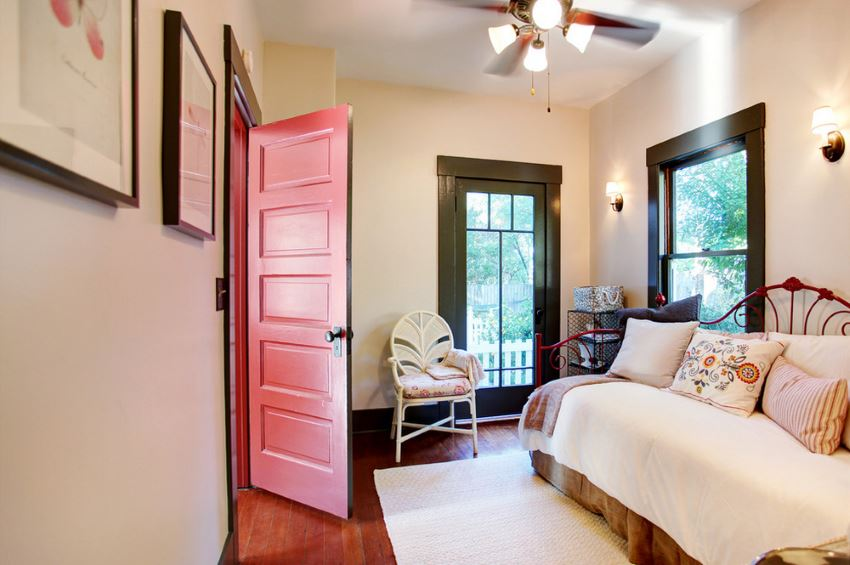 Houzz Mirrors Personalize Your Home With A Painted Door