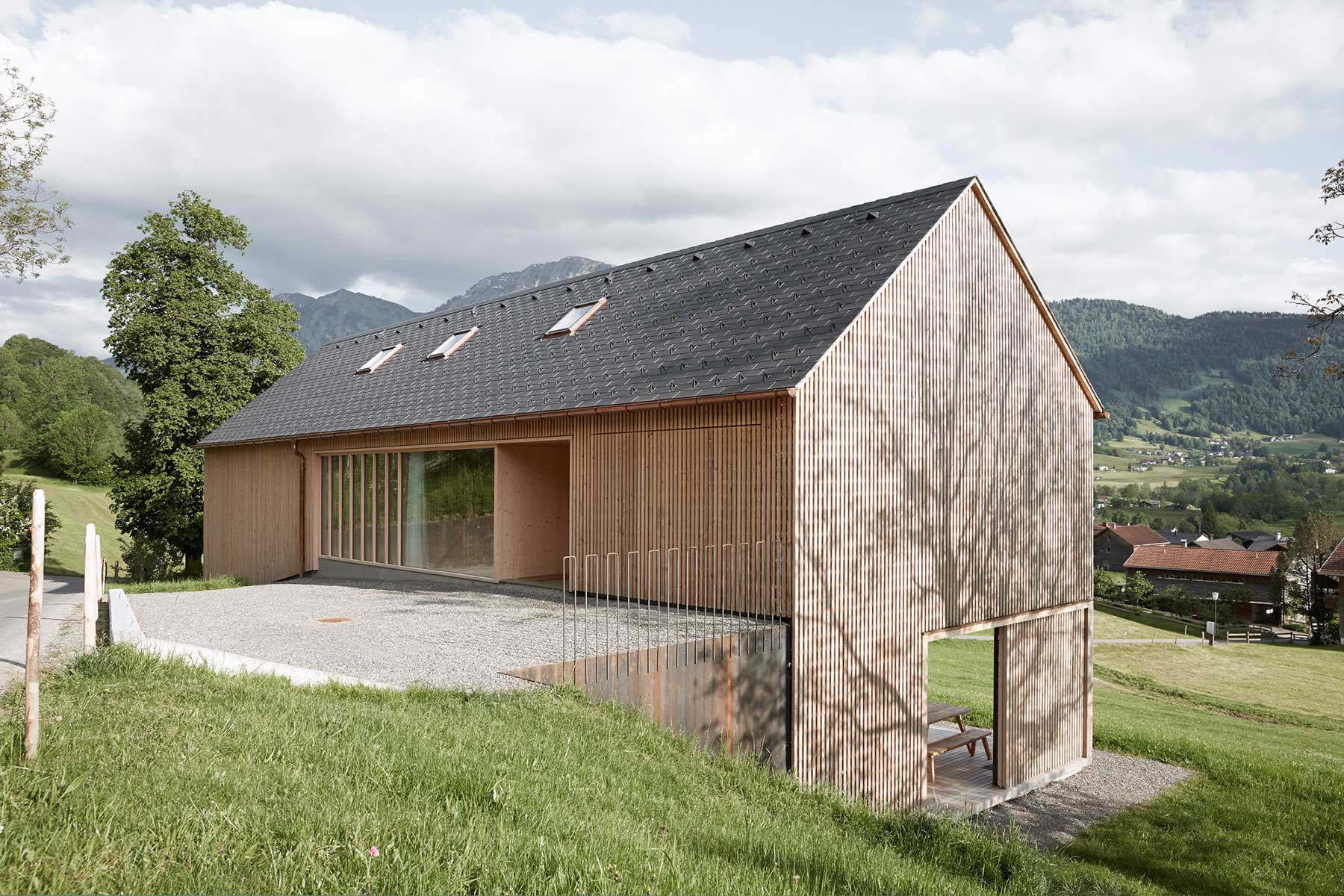 Fassadenverkleidung Holz Horizontal 15 Contemporary Roof Designs That Raise The Roof