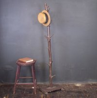 Driftwood Coat Rack - Tradingbasis