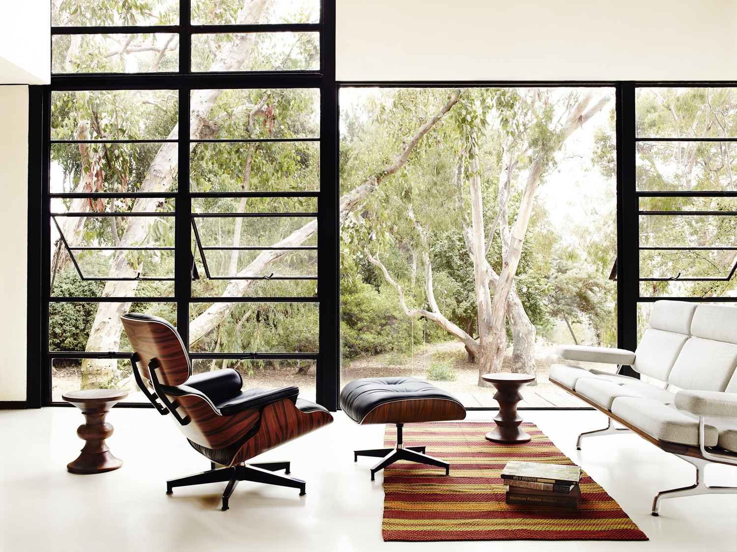 Design Classic Stories The Eames Lounge Chair And Ottoman