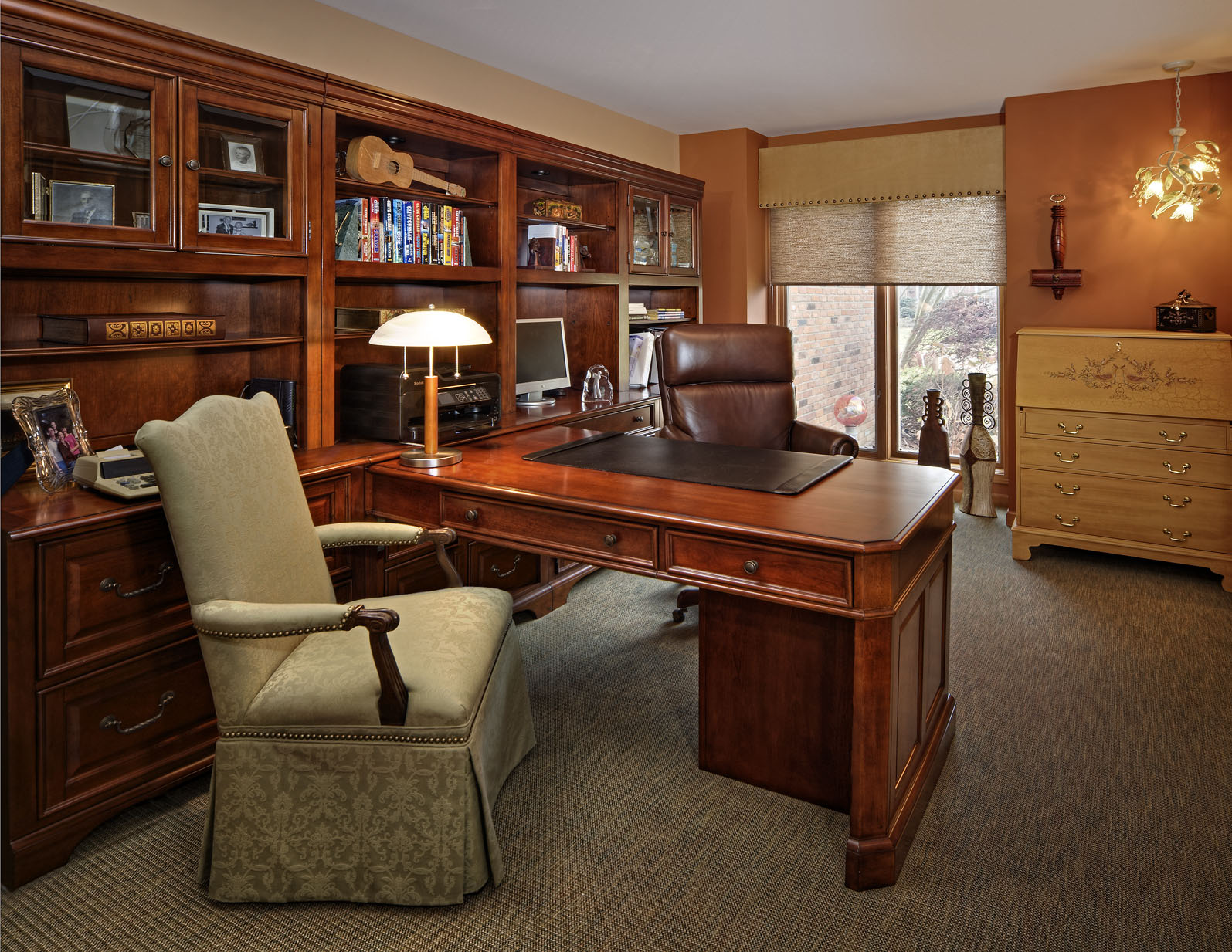Comfortable Den Furniture Cozy Workspaces Home Offices With A Rustic Touch