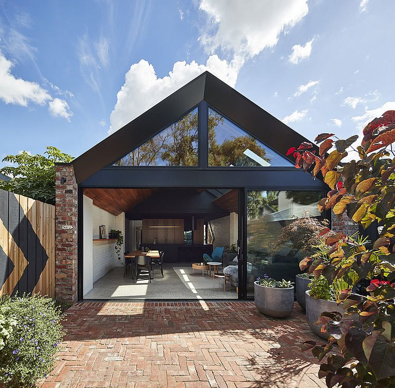 Satteldach Haus Modern This Weatherboard Workers Cottage In Melbourne Gets A
