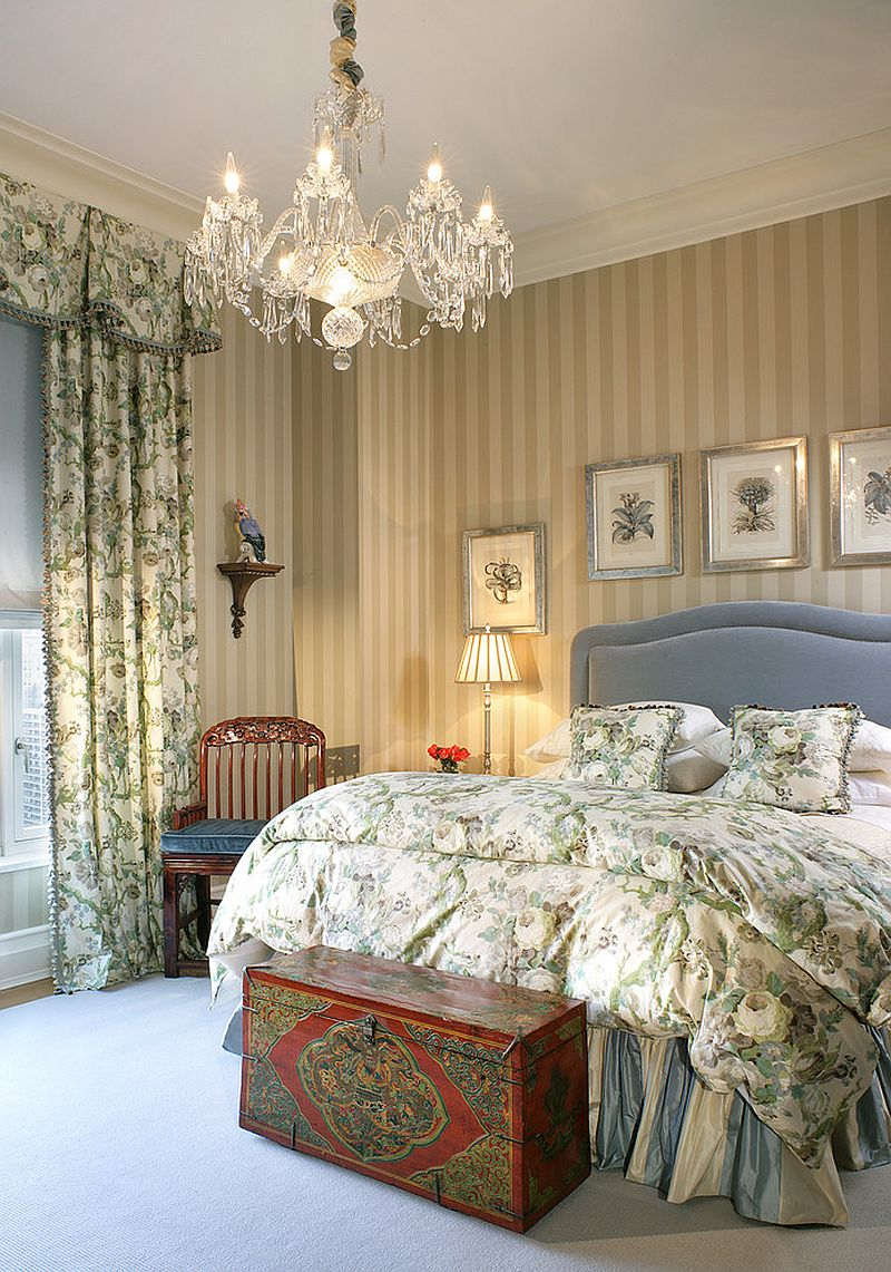 Teenage Girl Wallpaper Designs 20 Bedroom Chandelier Ideas That Sparkle And Delight
