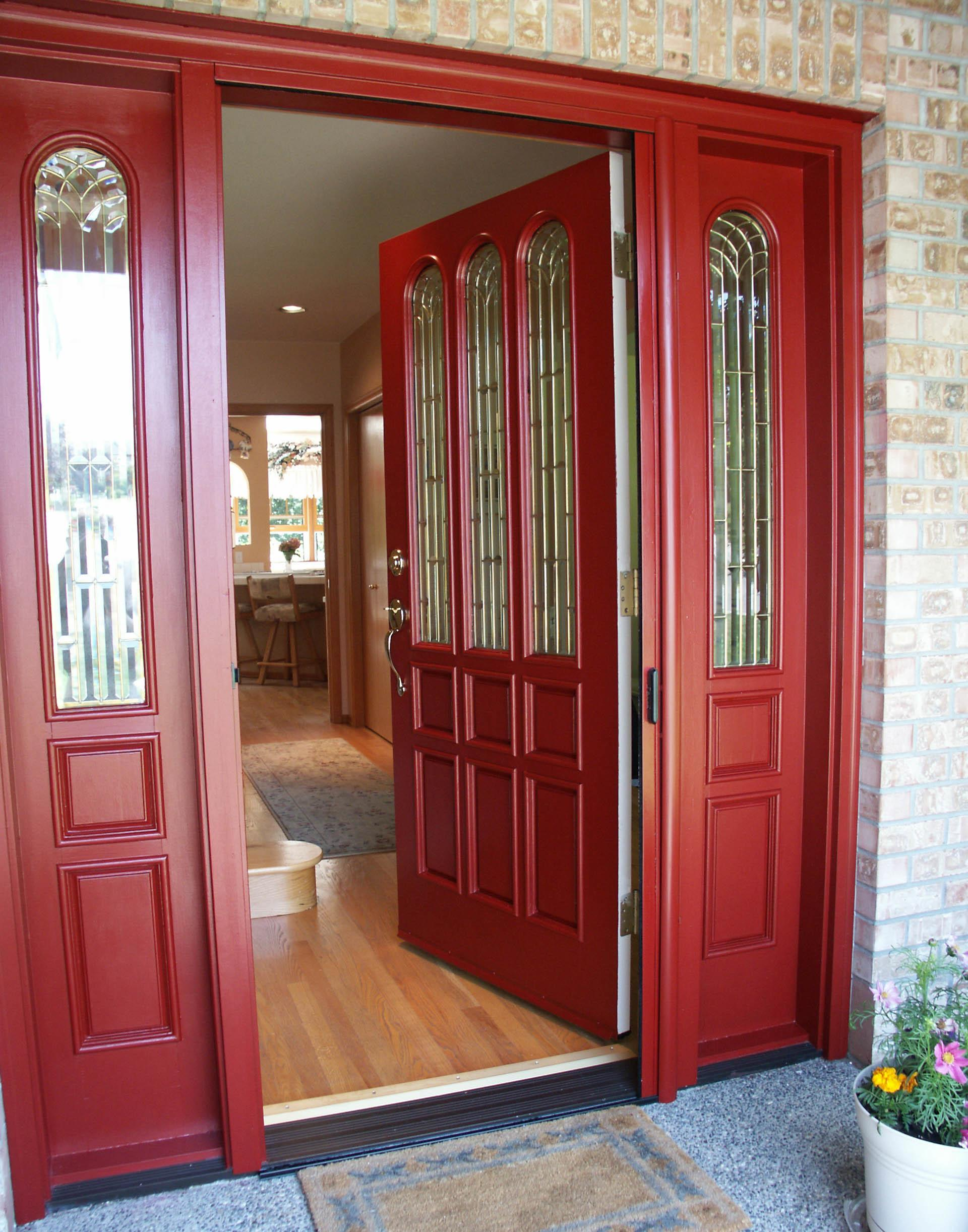 36 Beautifully Entryway Red Doors That Are Simply Amazing Look Fabulous Decoratorist