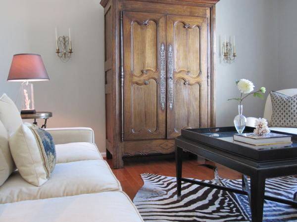 Small Girl Wallpaper Living Room Armoire Transitional Living Room