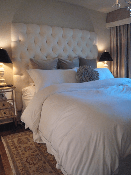 Oriental Girl Wallpaper Velvet Tufted Headboard Contemporary Bedroom