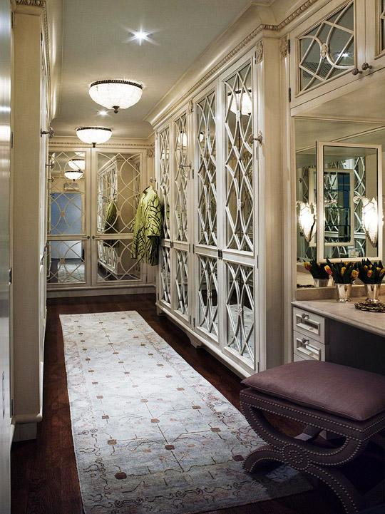 Oriental Girl Wallpaper Mirrored Doors Traditional Closet Traditional Home
