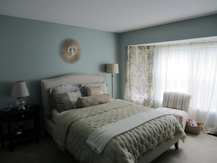 Full Size Bed With Storage Light Blue Bedroom With Sunburst Mirror