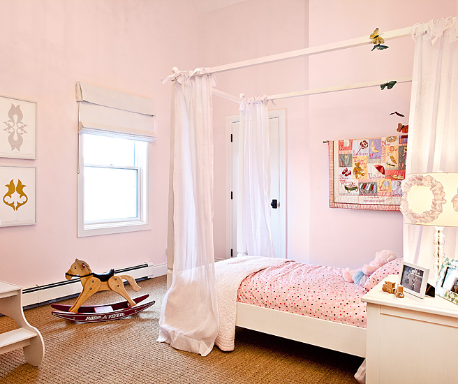 Pinterest Girls Kids Rooms With Wood Wallpaper Twin Canopy Bed Traditional Girl S Room Jaffa Group