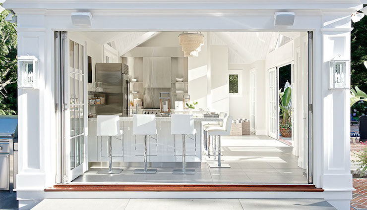 High End Rugs Outdoor Kitchen - Contemporary - Kitchen - Laura Tutun