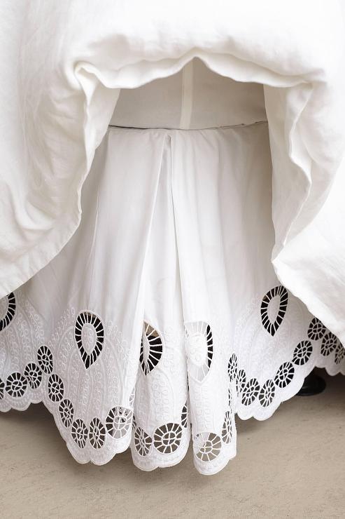 Girl Art Print Wallpaper Eyelet Embroidered White Bedskirt