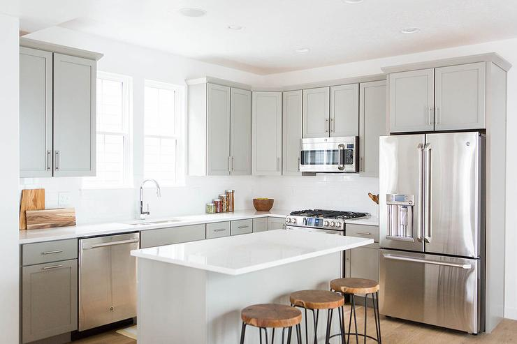 Light Grey Shaker Kitchen Cabinets with White Quartz