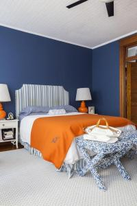 Blue and Orange Bedroom Design - Transitional - Bedroom
