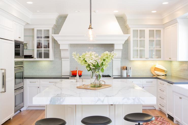 U Shaped Kitchen With Island Transitional Kitchen