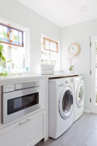 Under Counter Washer Dryer Design Ideas