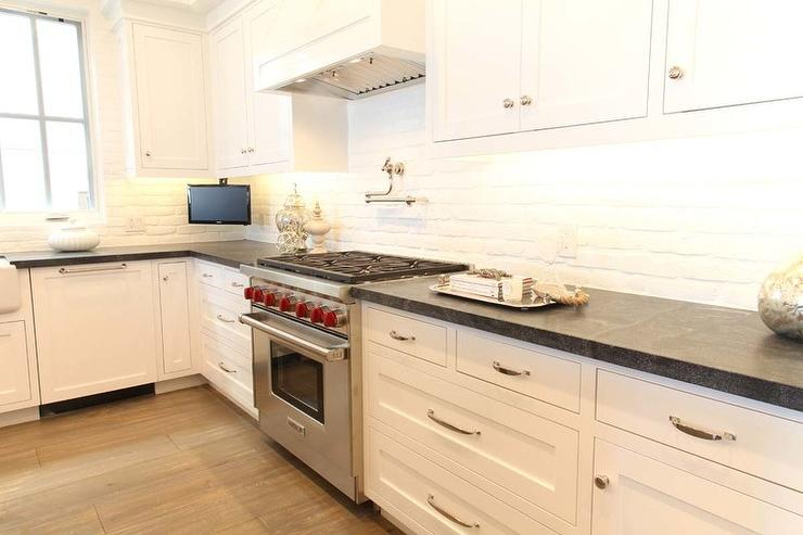 white black kitchen features white shaker cabinets paired black white kitchen backsplash ideas couchable