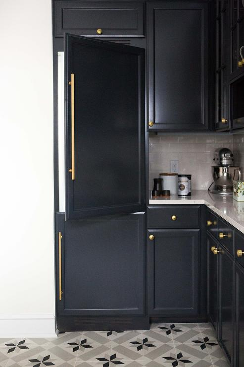 Gray Shaker Cabinet Kitchen Paint Gallery - Blacks - Paint Colors And Brands - Design