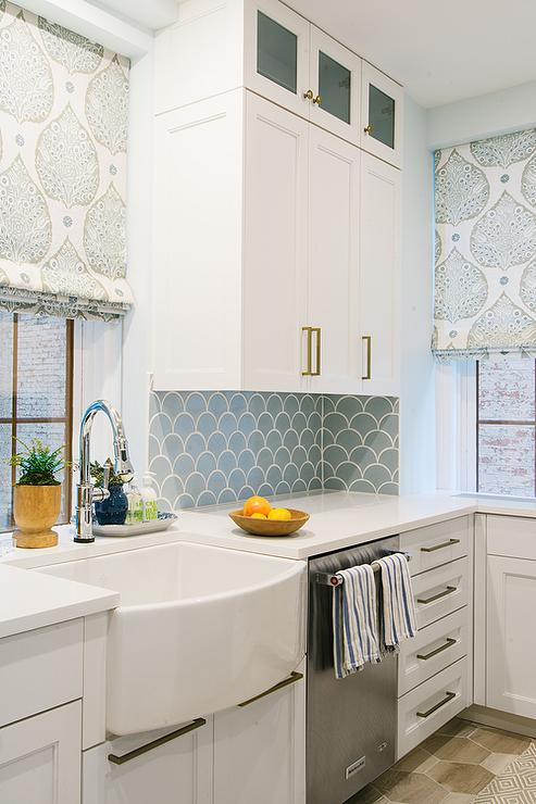 kitchen backsplash tiles white cabinets contemporary kitchen white cabinets grey backsplash kitchen subway tile outlet