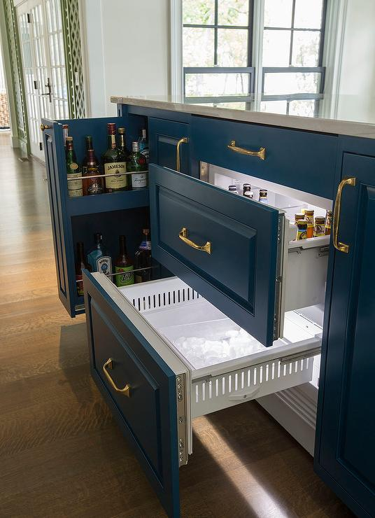 Gray Shaker Cabinet Kitchen Pull Out Tray Under Coffee Maker Design Ideas