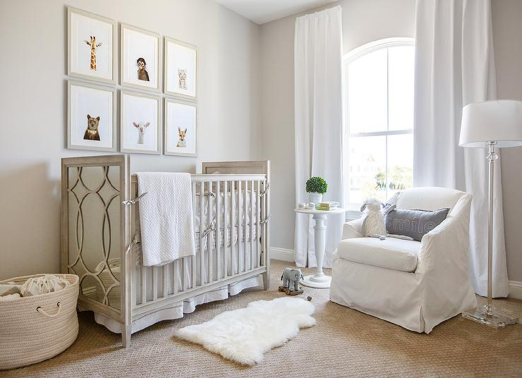 Babyzimmer Gestalten Neutral Gray Wood And Mirror Nursery Crib With White And Gray