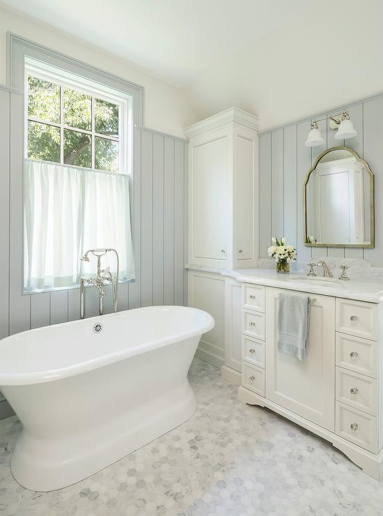 Chandelier Lamp Alyssa Rosenheck: All White Master Bathroom With Sheer