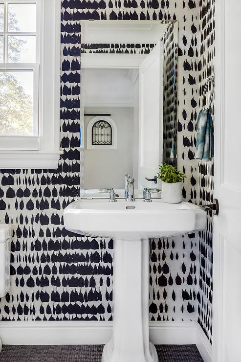 Black Trellis Wallpaper Interior Design Inspiration Photos By Lda Architects