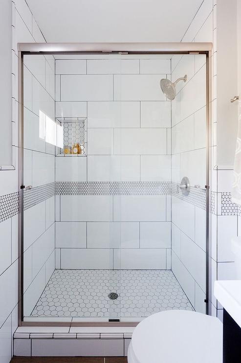 white grey floor tiles