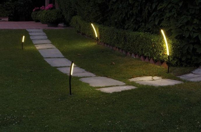 Lampe Detecteur Exterieur Halley For Vibia: Lights Your Garden With These Unusual