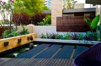 25 Modern Gardens with Water Features