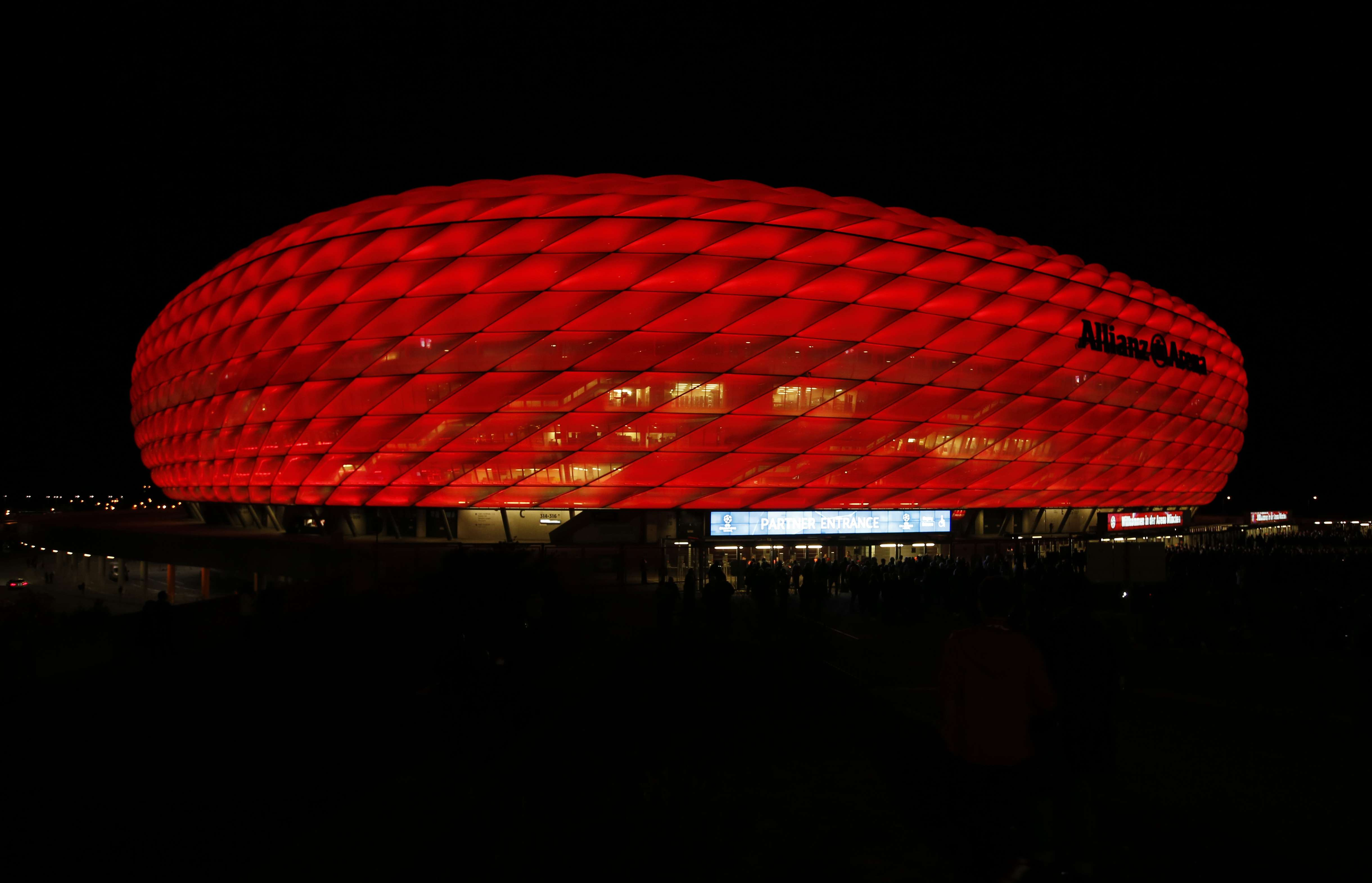 3d Server Wallpaper Fc Bayern Munich Set To Revolutionise Fan Engagement