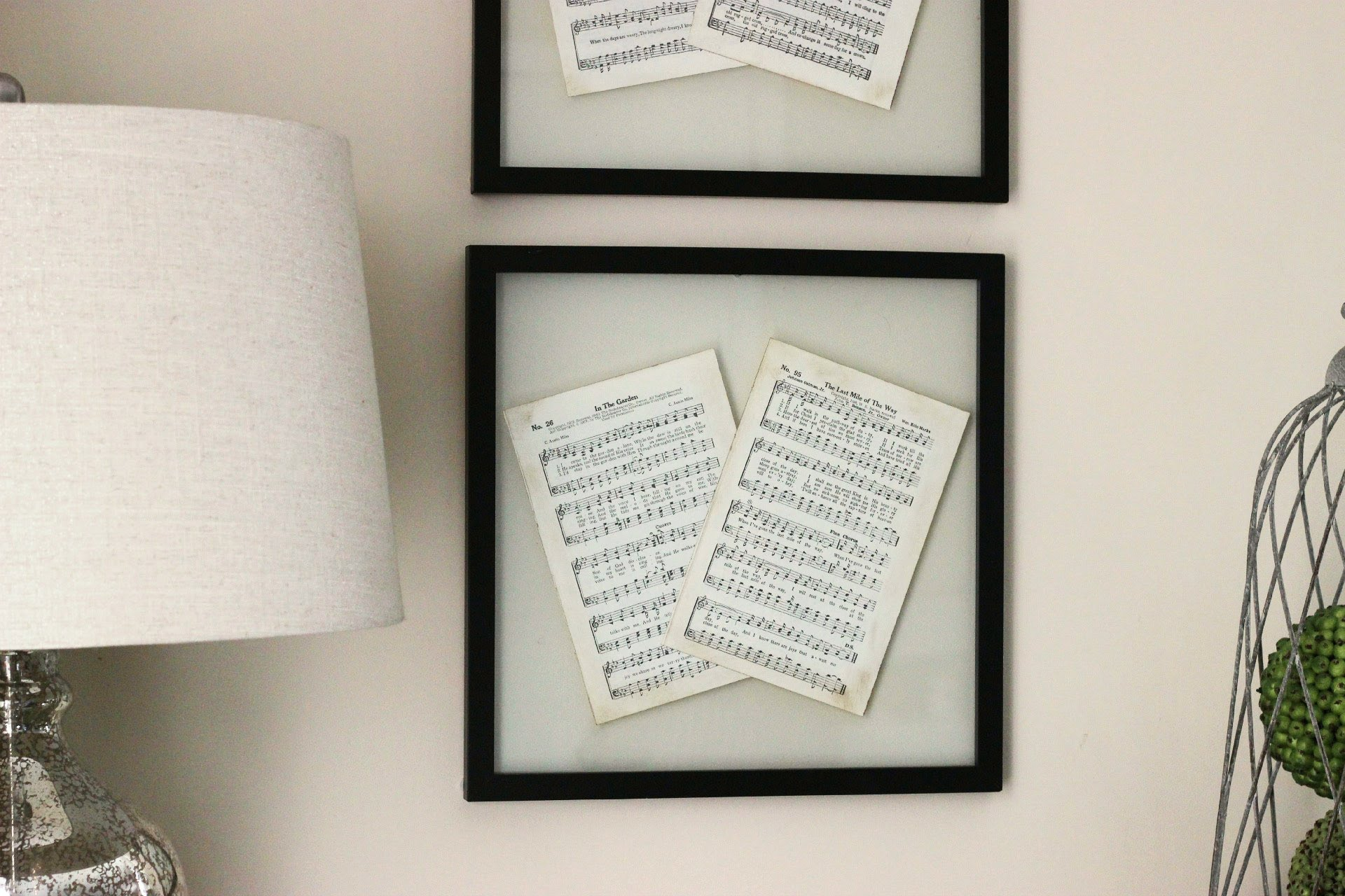 Diy Picture Frame With Glass Hang Your Favorites With These 22 Diy Poster Frames