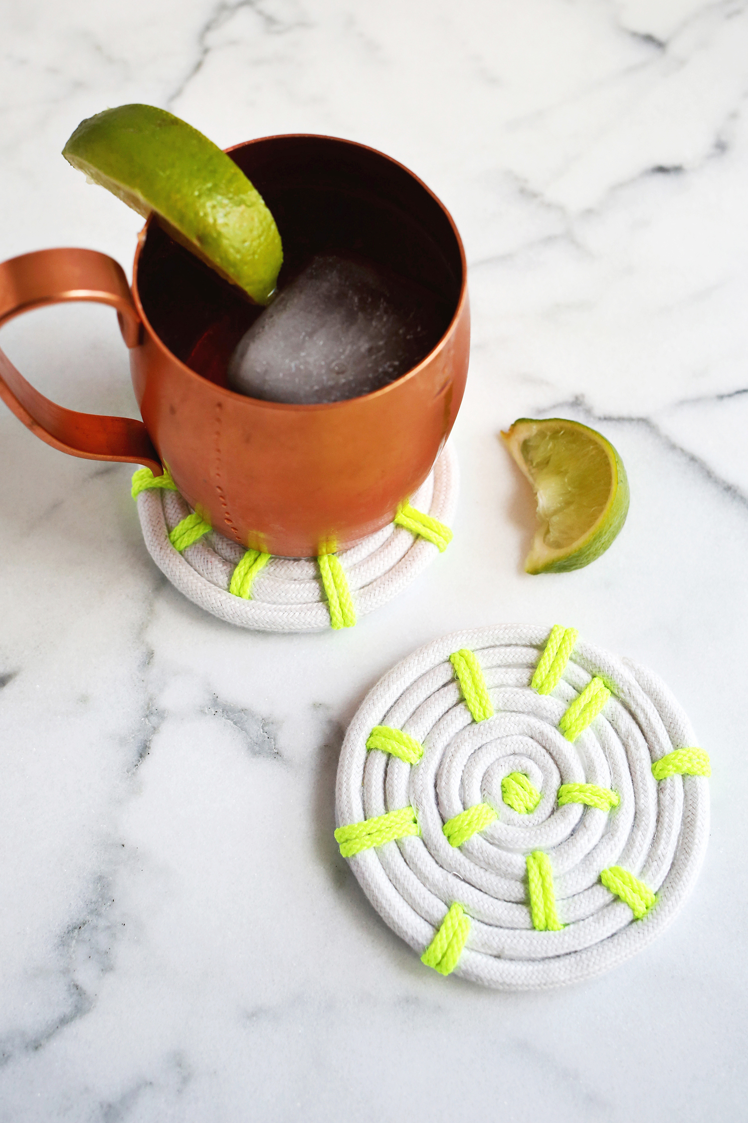 Diy Table Coasters 25 Diy Projects Using Rope