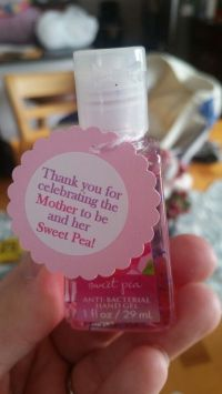 50 Brilliant Yet Cheap DIY Baby Shower Favors!
