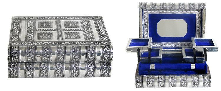 Carved Metal Jewelry Box Bangle Stand Earring Box And